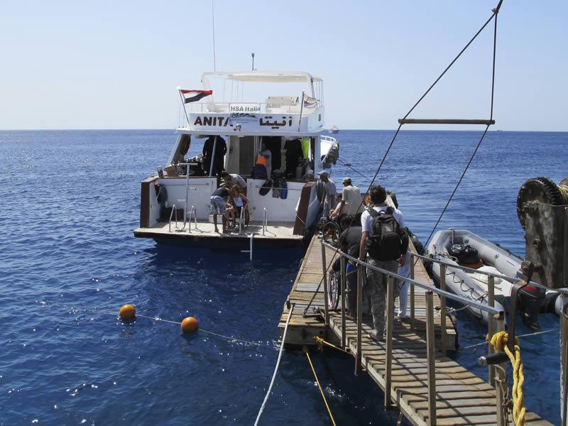Imbarco Comodo in Carrozzella Diving Sharm
